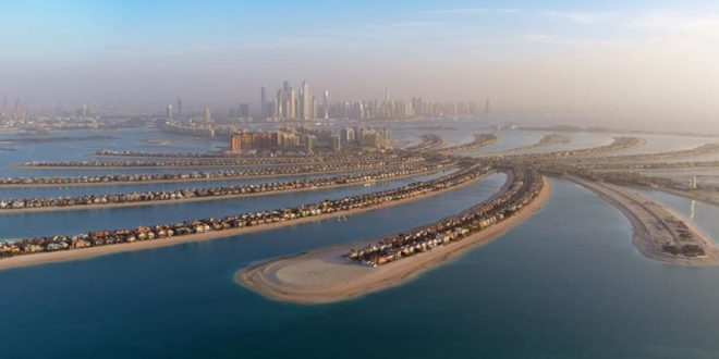 1_2_13_The-Palm-Jumeirah_01_Hero_Desktop